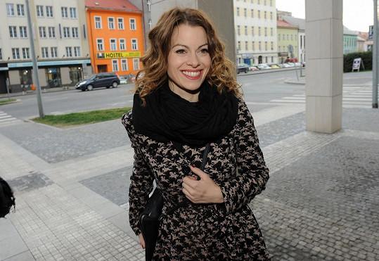 Hana Holišová je velmi půvabná.