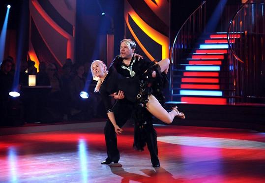 Tance s krásnou Alicí si Matěj viditelně užíval.