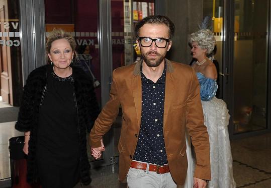 Bára Basiková vyrazila s manželem na muzikál Marie Antoinetta.