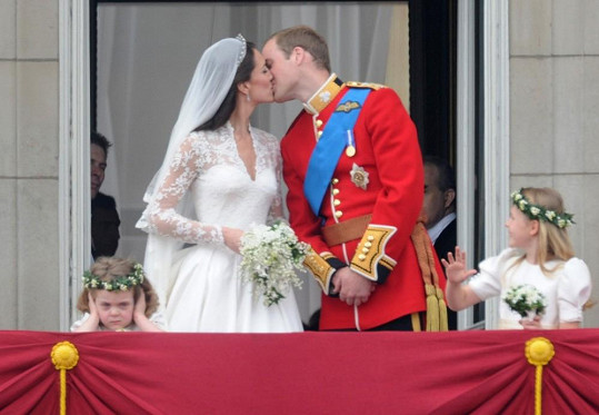 Duben 2011 a nejostřeji sledovaná svatba desetiletí