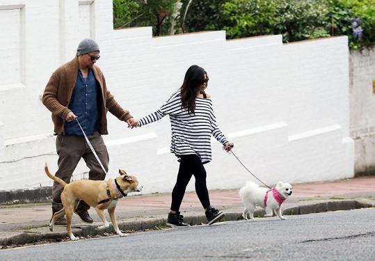 Channing Tatum s těhotnou manželkou Jennou Dewan a jejich psy