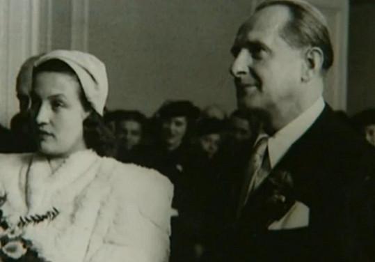 Svého prvního muže Václava Vydru mladšího si Dana Medřická brala po válce.
