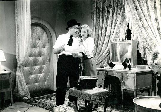 S L.H.Strunou v komedii Svátek věřitelů (1939).