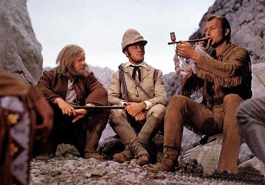 Eddi Arent (uprostřed) jako Lord Castlepool