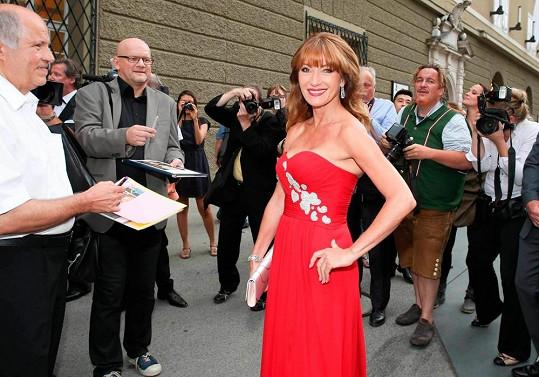 Jane Seymour patří k hereckým hvězdám, které nestárnou.