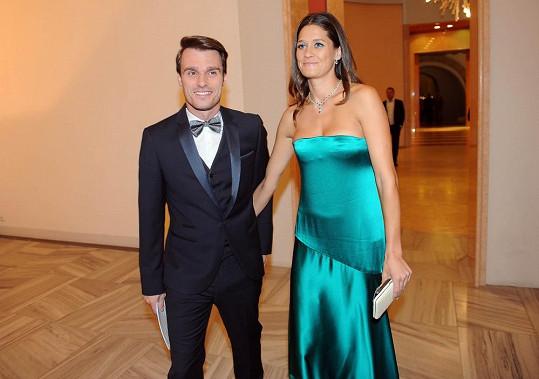 Petra doprovodila Leoše Mareše na slavnostní večer Schwarzkopf Elite Model Look, který moderoval.