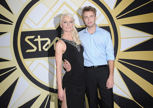 Do Anny Polívkové se Kurtiš zamiloval ve StarDance. Soutěž společně vyhráli.