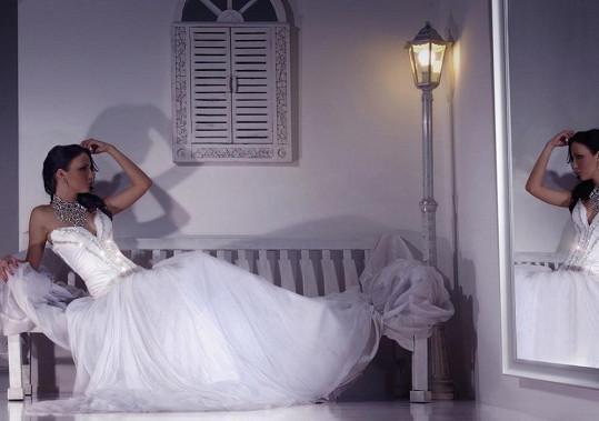 Veronika Nová byla krásná nevěsta.