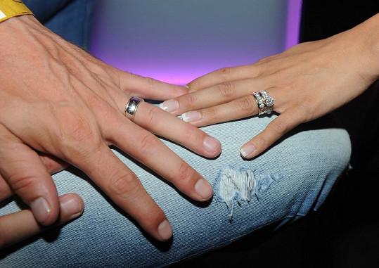 Snubní prsteny novomanželů