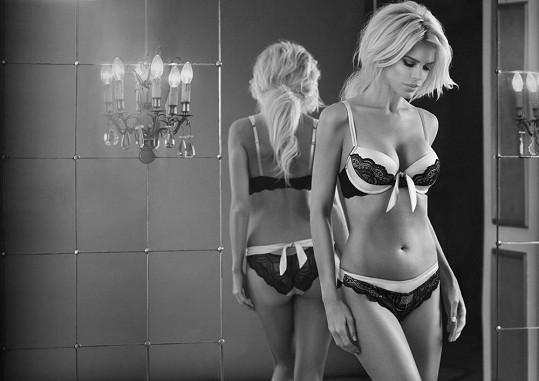 Švédská modelka na svůj věk vůbec nevypadá.