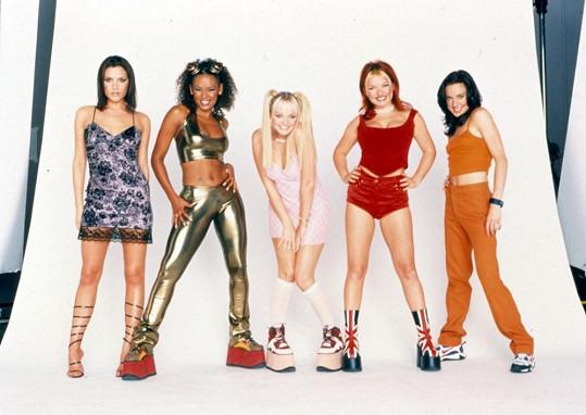 Ve Spice Girls měla roli naivky.