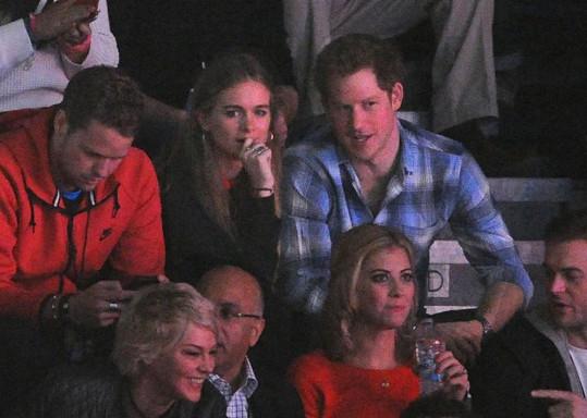 Princ Harry se s Cressidou oficiálně objevil teprve nedávno.