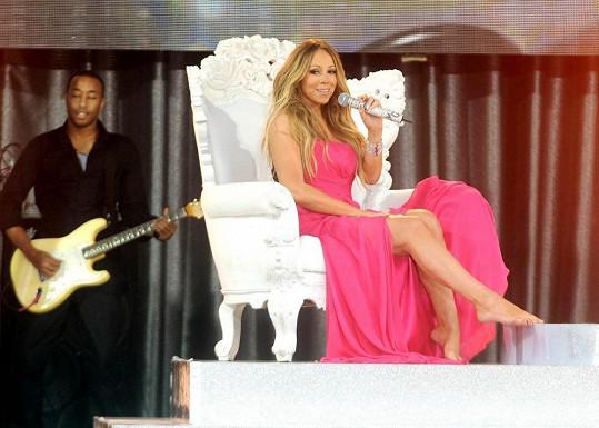 Mariah Carey se obula do hubnutí. Nikdy snad nevypadala lépe.
