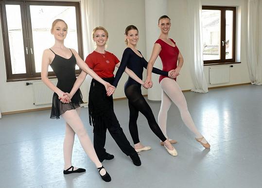 Adéla Pollertová ve své baletní akademii nyní vyučuje balet hvězdy připravovaného muzikálu Fantom opery.