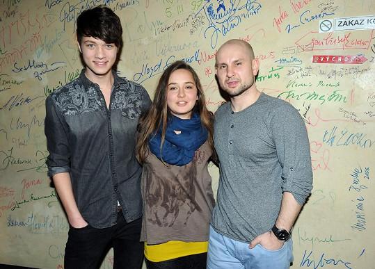 Josefína s hereckými kolegy