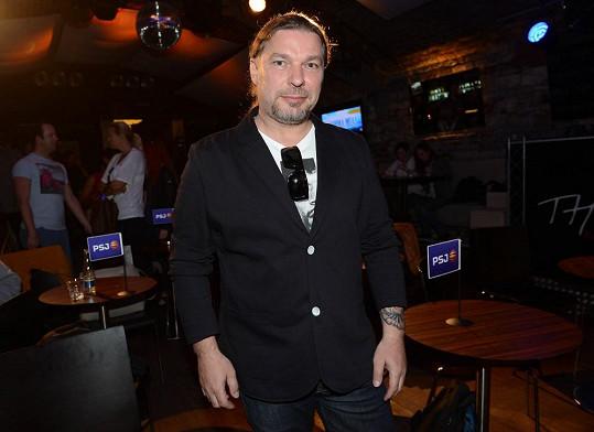 Petr Kolář naštval své kolegy kvůli tvrzení o drogách.