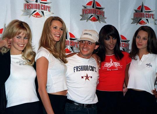 Modelky, které zná každý - Claudia Schiffer, Elle Macpherson, Naomi Campbell a Christy Turlington v době největší slávy.
