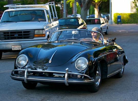 Ve stejném voze jezdí třeba Adam Levine z Maroon 5.
