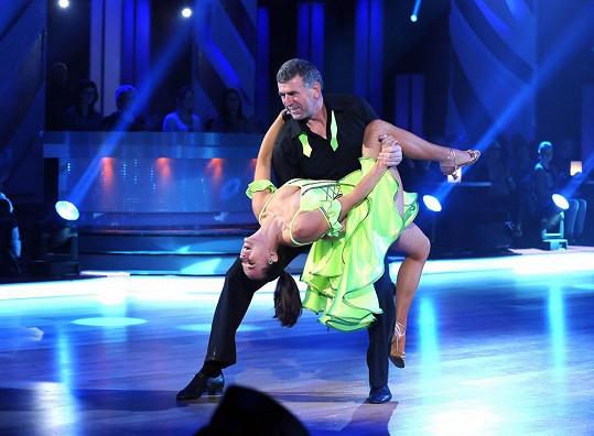 Tyhle taneční kreace se Bugárovi musely líbit.