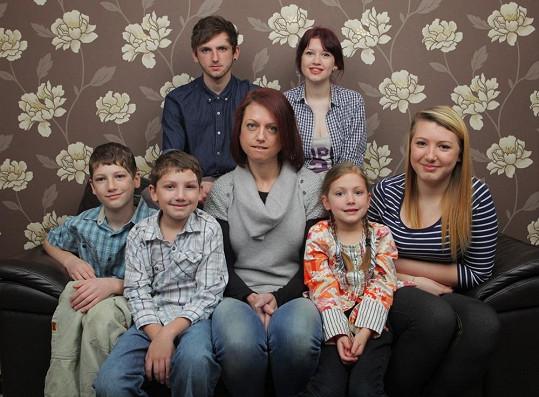 Hannah se svými dětmi.