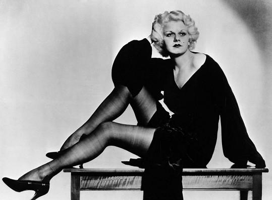 Ztělesněním sexu byla před Marilyn právě Jean Harlow.