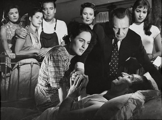 Ve filmu Batalion stínu (1957) už Baarová hrála jen štěk.