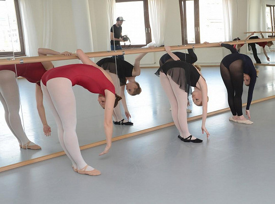Baletní tréninky jsou drsné.