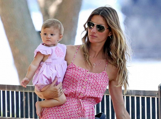 Gisele Bündchen a její osmiměsíční dcera Vivian
