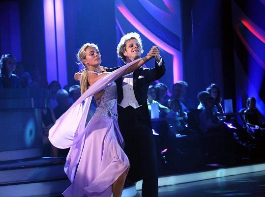 Taťána Kuchařová dnes večer bude tančit waltz.