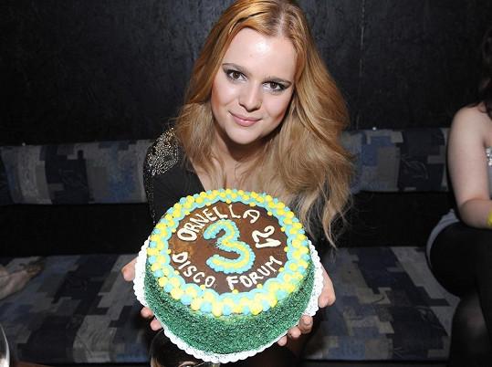 Ornella oslavila své 21. narozeniny.