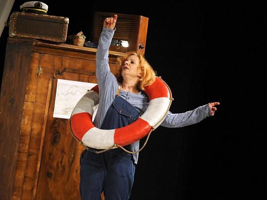 Herečka se teď věnuje hlavně divadelní práci.