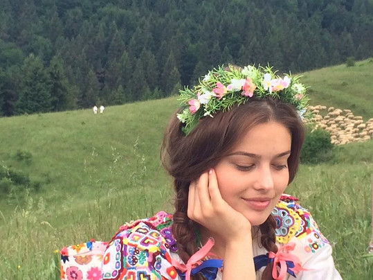 Kluci mohli oči nechat na krásné slovenské modelce Michaele Karakové.