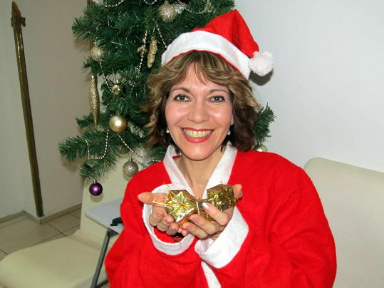 Michaela Dolinová se změnila ve vánočního skřítka.
