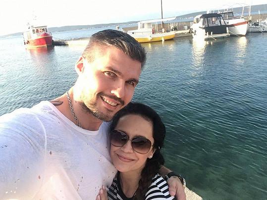 Lucie Bílá si s přítelem Radkem užívá na dovolené.