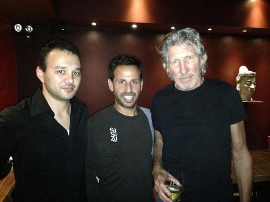 Roger Waters se včera vyfotil i s šéfkuchařem.