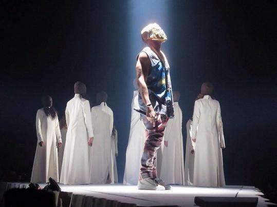 Scéna z turné Yeezus