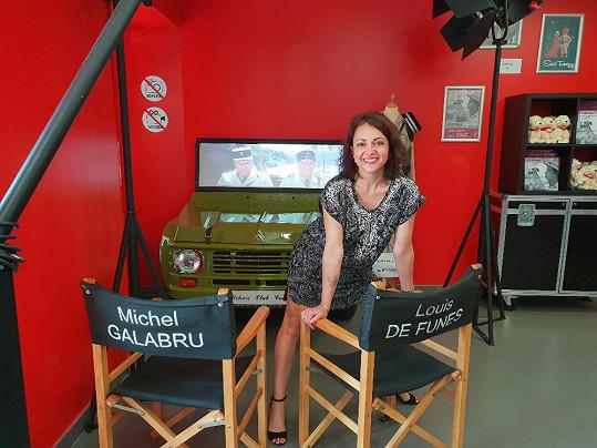 Ve městě navštívila muzeum věnované filmům o četnících ze Saint Tropez.