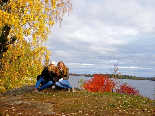 Holky v podzimním zátiší