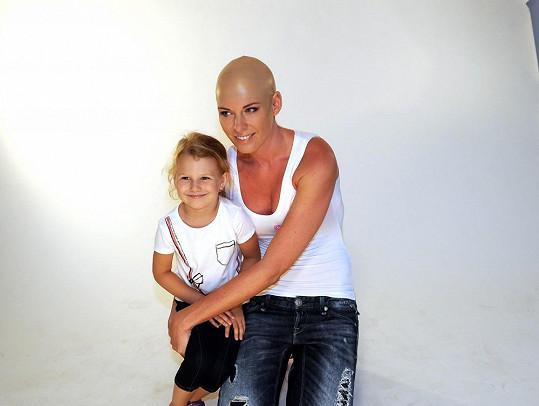 Dianu v ateliéru navštívila neteř jejího přítele Michaela Frolíka.