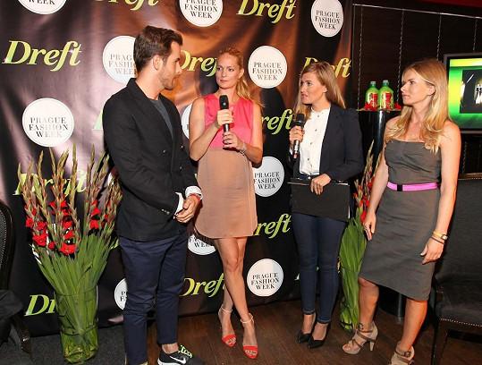 Na akci získal návrhář a stylista Moniky Bagárové Lukáš Macháček ocenění Dreft Black Card, které mu zajistí kompletní produkci a realizaci módní přehlídky během zářijového týdne módy.