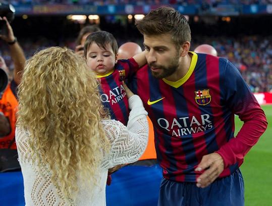 Gerard Piqué se za svou rodinkou přišel podívat.