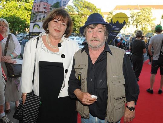 Roman Skamene s manželkou