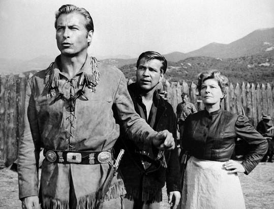 Götz George s Lexem Barkerem v Pokladu na Stříbrném jezeře (1962)