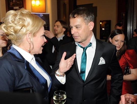 S režisérem sanitky Filipem Renčem.