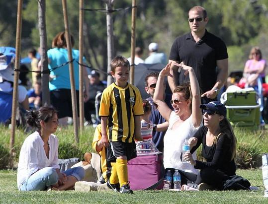 Britney s přáteli a jejich dětmi.
