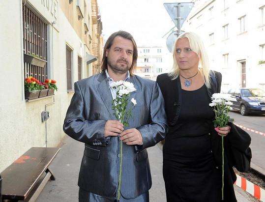 Macuru doprovázela přítelkyně Vlaďka.