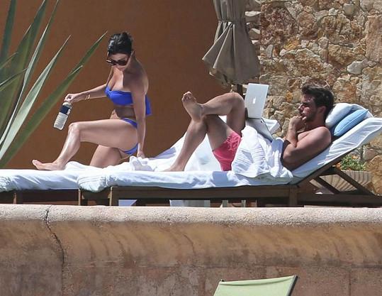 Kourtney Kardashian oslavila narozeniny s manželem v Mexiku.