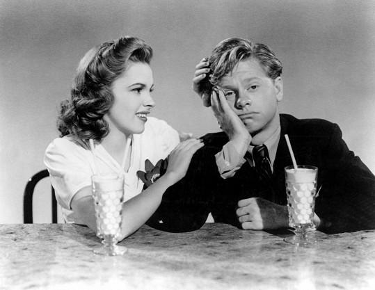 Oblíbená komická dvojice studia MGM. Judy a nedávno zesnulý Mickey Rooney.