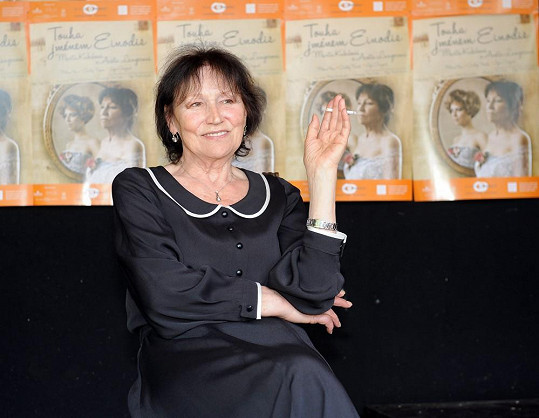 Marta Kubišová ztvární zralou Sidi.