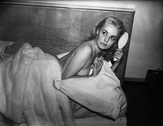 Jeanne Moreau na civilní fotce.
